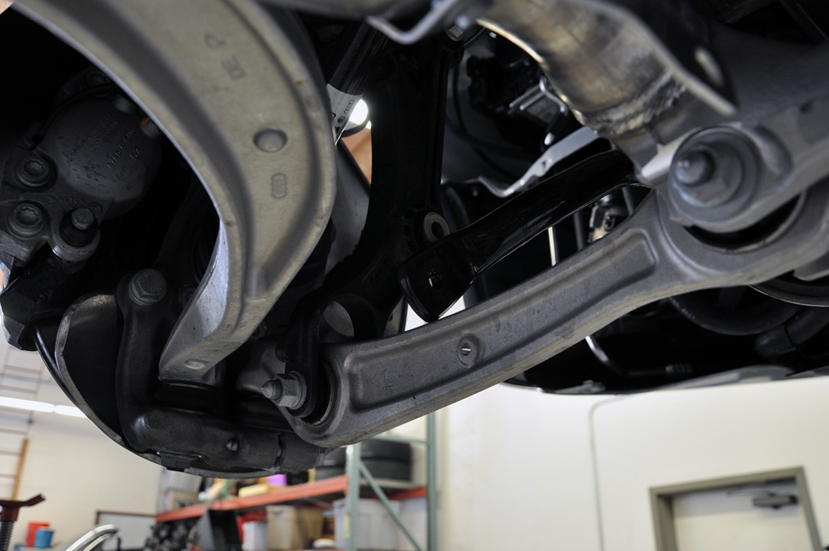 Installation Instructions: Density Line Engine Mounts for B8 Audi A4/S4, A5/S5, Q5/SQ5