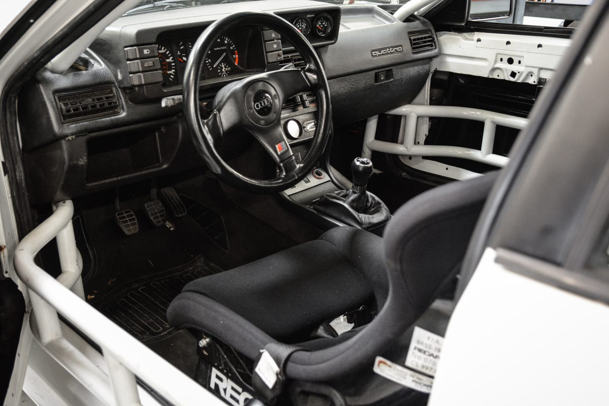 Dean's Widebody Ur Quattro Interior
