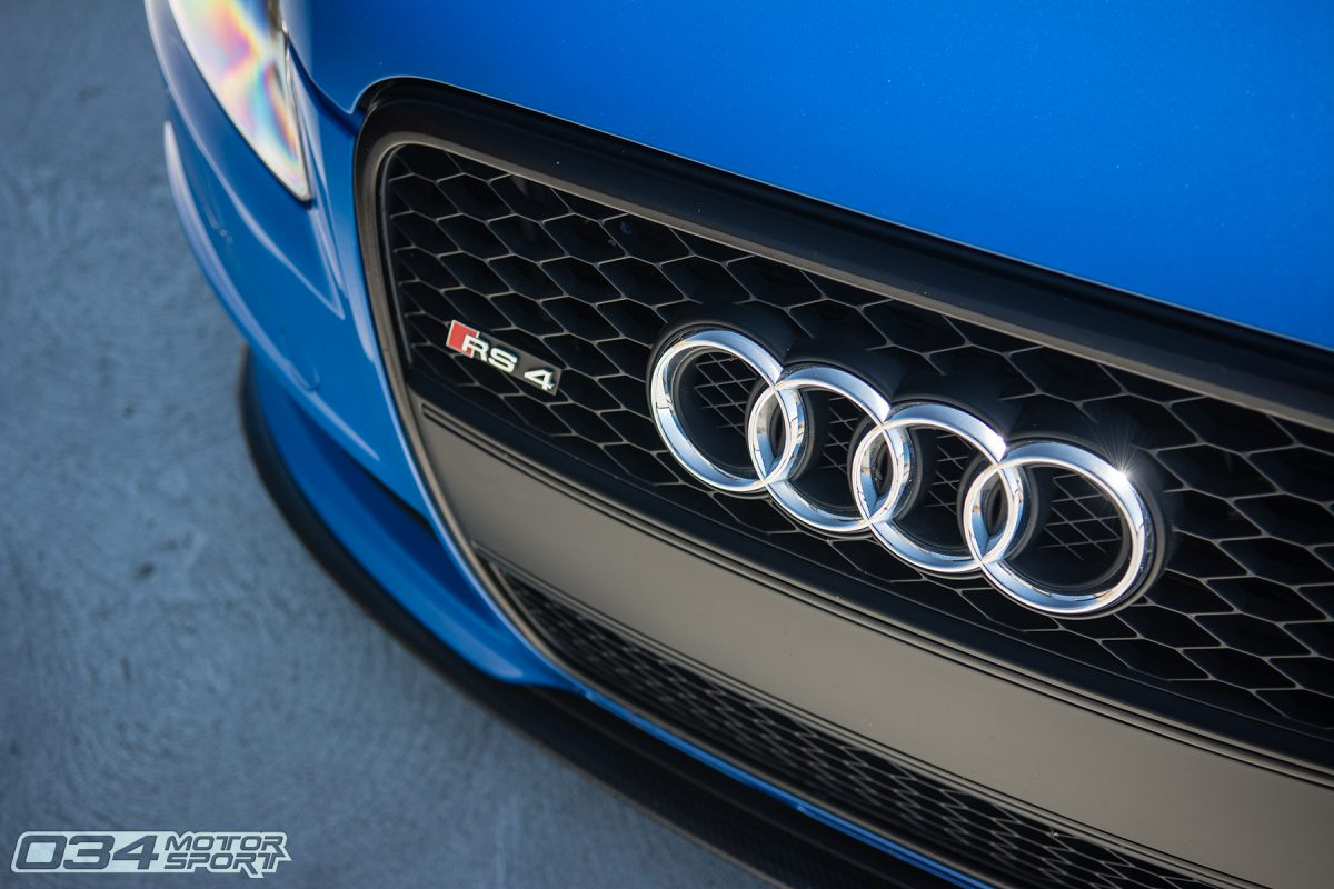 Blackout Titanium Grill on Sprint Blue B7 Audi RS4