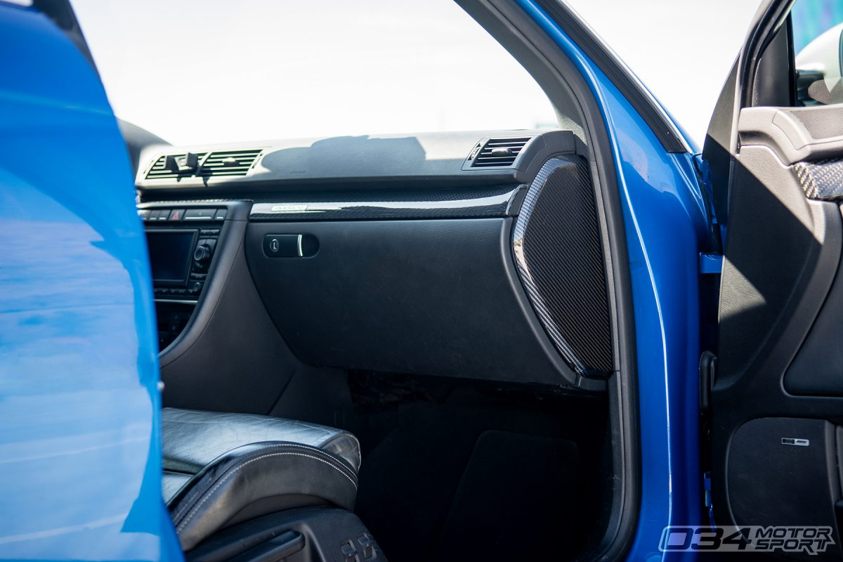 Carbon Fiber Interior in B7 Audi RS4