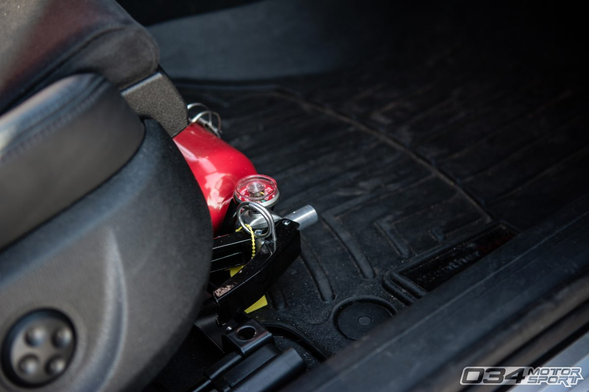Fire Extinguisher inside B8.5 Audi S4