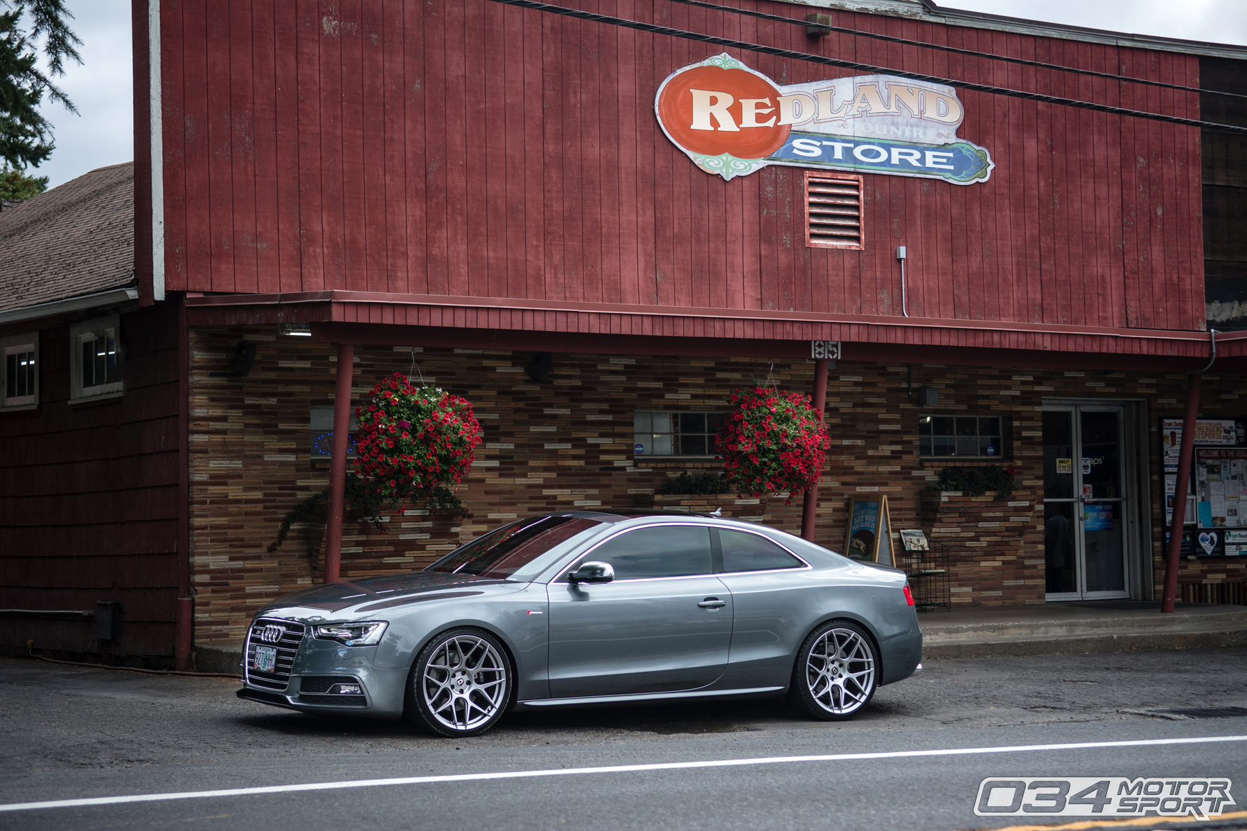 Tuned B8.5 Audi S5 on HRE FF01 FlowForm Wheels